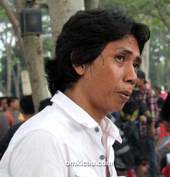 Om Anang Bae