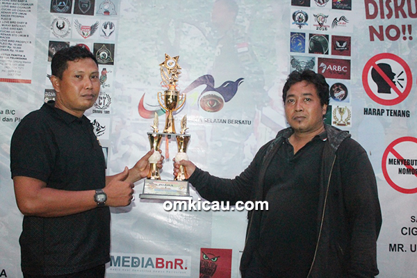 Om Jhonpur / Pandawa SF