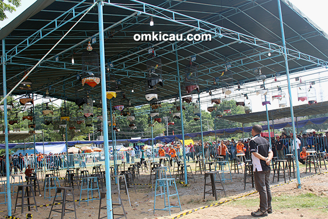 Lomba burung Piala Dandim 0733 / BS Semarang