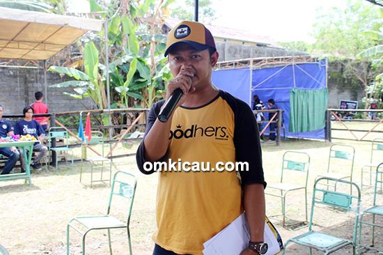 MC Om Puguh Liontin