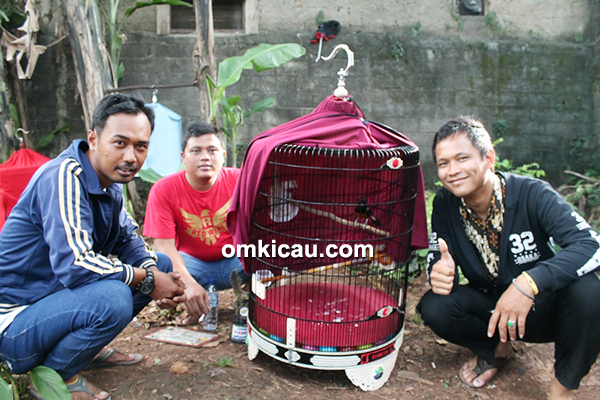 Om Wisnu Red Wine SF