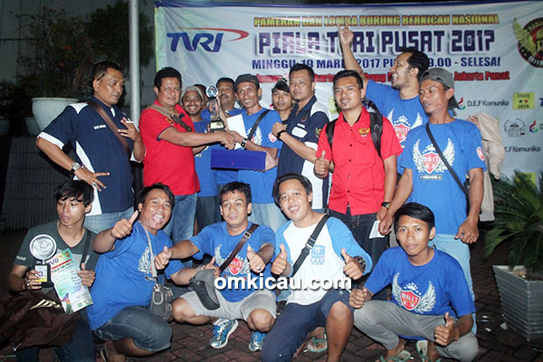 Walet SF juara umum single fighter