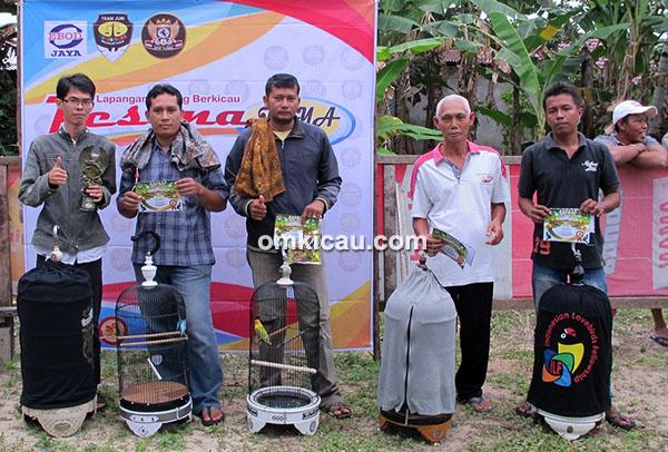 Ngobar Pesona Jambi-juara lovebird