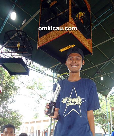 Juara kenari Kelas Bintang
