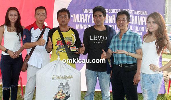 Om Ronny Burangrang dan MB Jarum Neraka