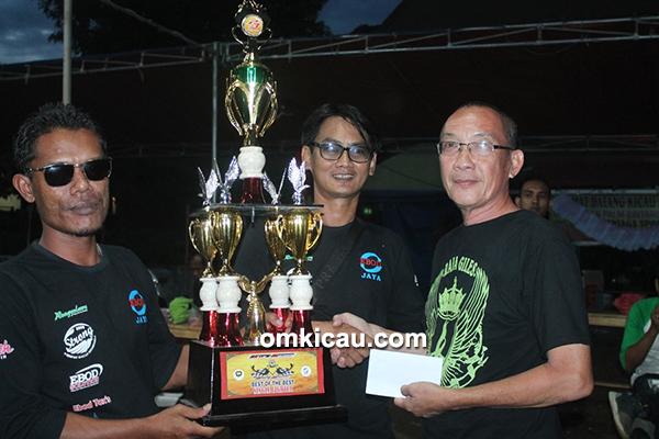 RG SF juara umum