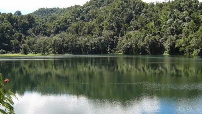 danau rana pulau burug