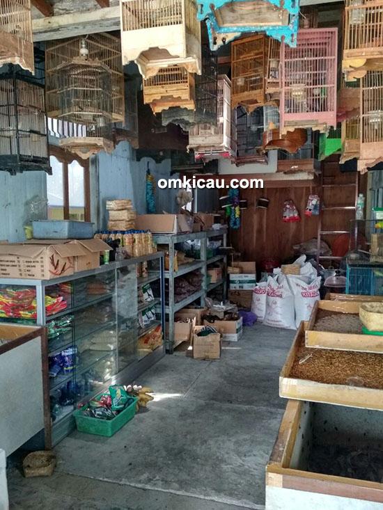 kios burung BKL-M