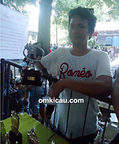 Piala Kretek2