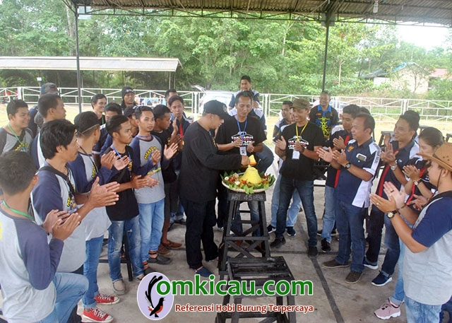 Anniversary 1 Tahun Meratus BC Kalimantan-doa bersama